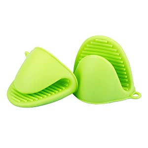 Libar 1 Pair Silicone Heat Resistant Cooking Pinch Mitts Mini Oven Mitts Gloves, Cooking Pinch Grips Green