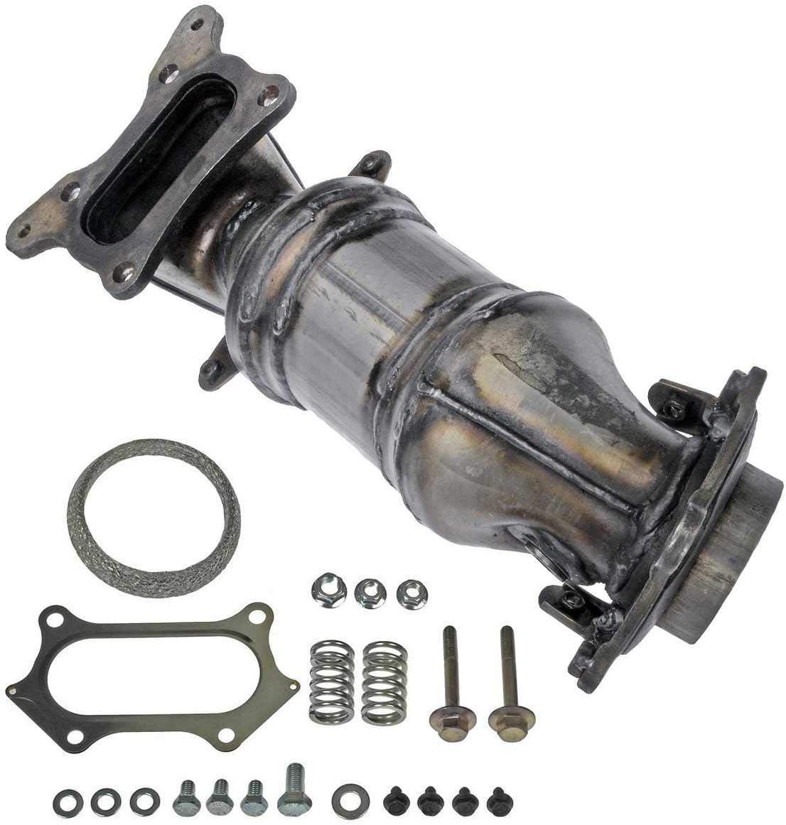 AutoShack EMCC774970 Exhaust Manifold with Catalytic Converter