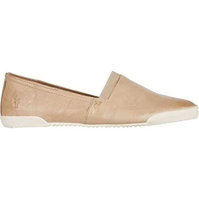 a4ca785492945 Amazon.com  FRYE Women s Melanie Slip-on Fashion Sneaker  Shoes