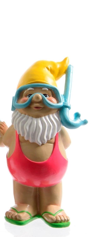 20 cm Unbekannt Zwerg Gartenzwerg Gnom Gartendeko Figuren Garten Surfbrett Schwimmring Taucherbrille Sonnenbrille Poly-Zwerg St/ückpreis H ca