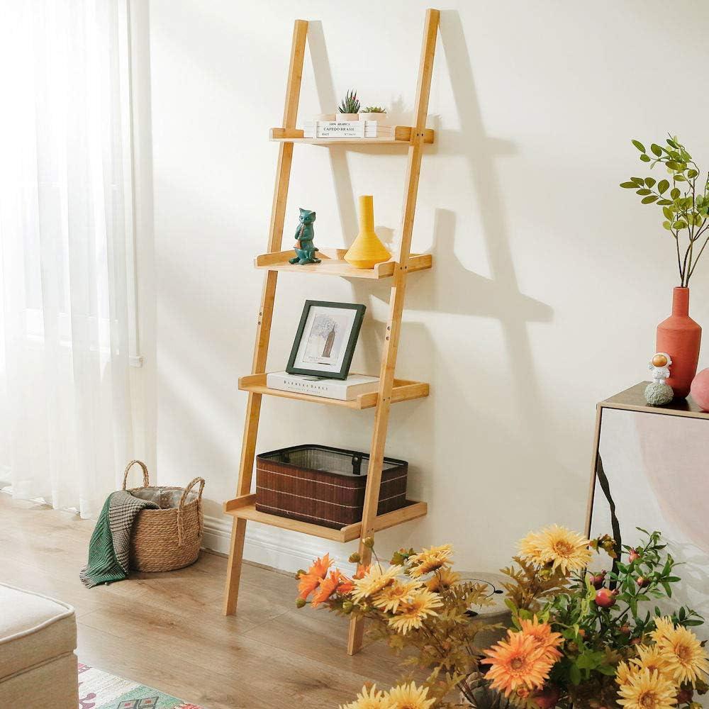 Open ladderkast van bamboe met vier planken