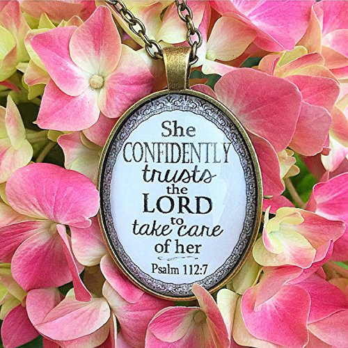 Huangwiglass Bible Verse Pendant Necklace She Confidently Trusts The Lord to take Care of her. Psalm 112:7