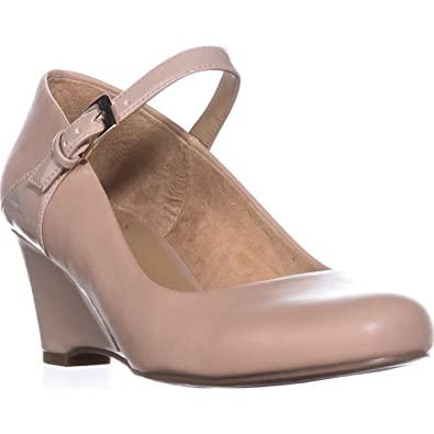 22e0e75487c Naturalizer Women s Hester Tender Taupe Smooth 8.5 W US W ...