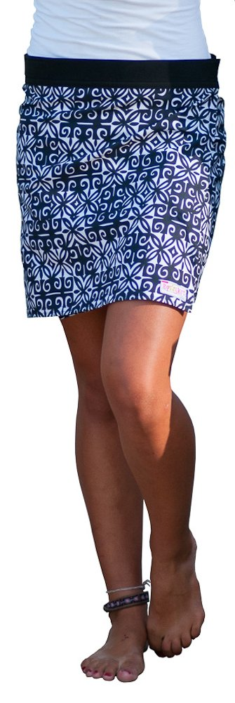 RipSkirt Hawaii - Length 1 - Quick Wrap Athletic Cover-up that Multitasks as the Perfect Travel/Summer Skirt , Black and White Ulupua , Medium / 8-10