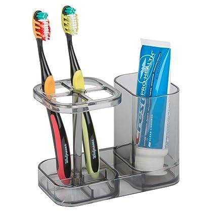 mDesign Accesorios para el baño – Soporte para Cepillo de Dientes – Practico Porta Cepillo de Dientes con Espacio para la Pasta de Dientes – Color: ...