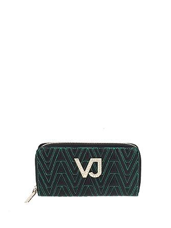 c6b948ef7901b Amazon.com: Versace Jeans Women's Wallets, E3VSBPI1_70784_J35: Clothing