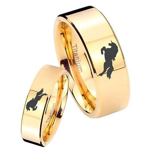 Su y para ella 2 piezas titanio caballo diseño oro IP Tubo Corte Juego de anillos