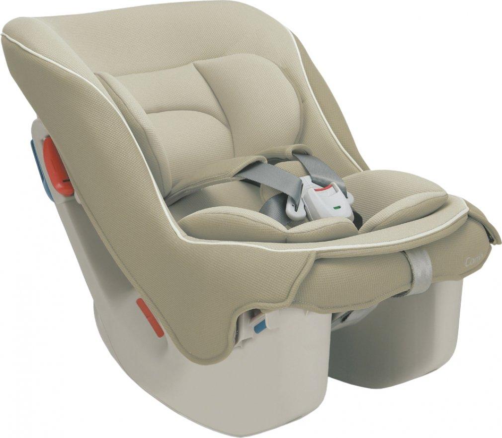 コンビの新生児向けチャイルドシート