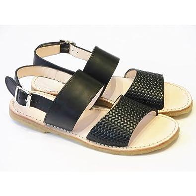 40628e9bb37 Angulus Girls Classic Black Leather Sandals EU37: Amazon.co.uk ...
