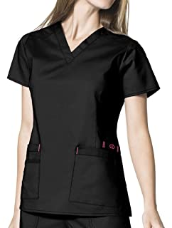 62c5acefc7b Amazon.com: Wink 'WonderFLEX 'Verity' V-Neck Top' Scrub Top Pewter ...