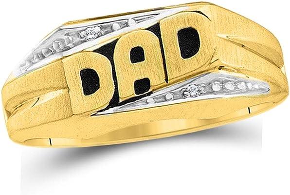 anillo de oro amarillo con inscripción de dad y diamantes redondos