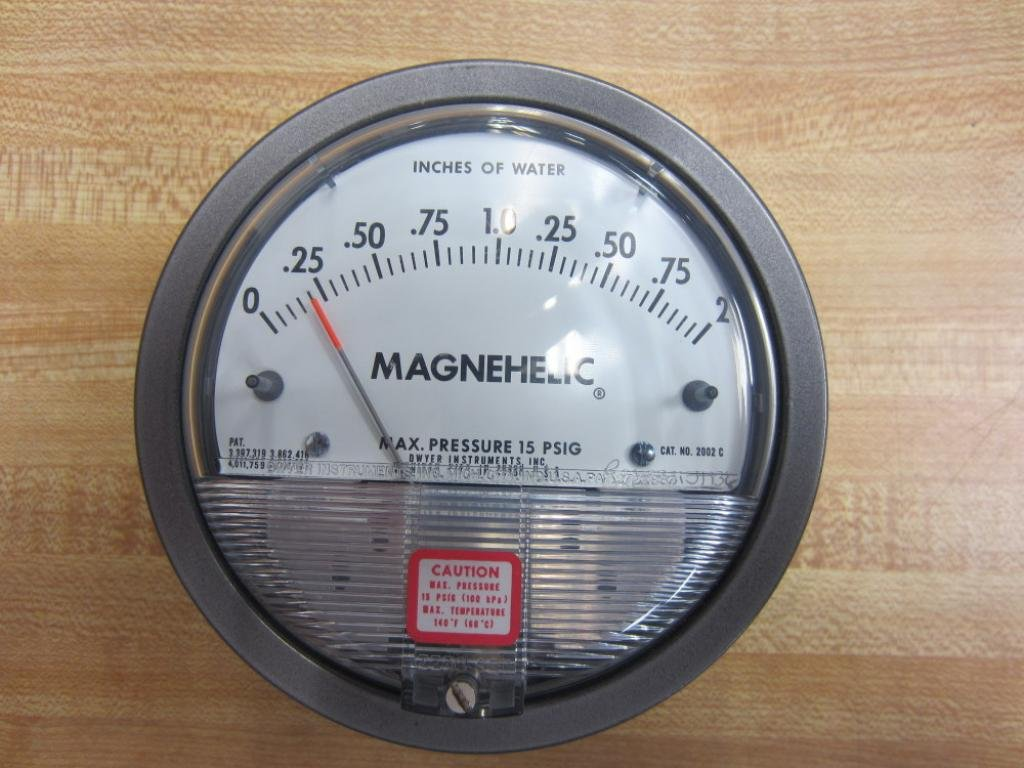 DWYER PRESSURE GAGE (NO KIT) 2002C *NEW IN BOX*