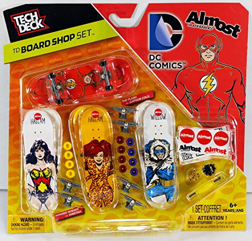 Tech Deck Board Shop Set - Almost Skateboards DC Comics 50+ ()