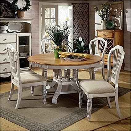 Amazoncom Bowery Hill 5 Piece Round Dining Table Set In Antique