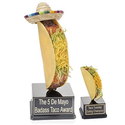 Amazon.com: Gigante taco sombrero trofeo – Taco comer ...