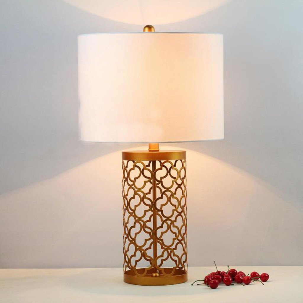MILUCE European And American Style Luxury Tyrant Gold Retro Hollow Gilded Wrought Iron Bedside Table Lamp Living Room Lamp Bedroom Den