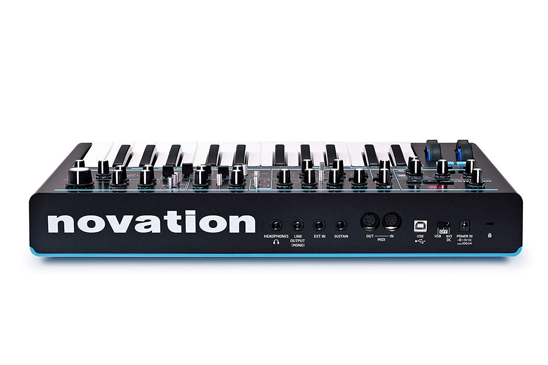 Novation Bass Station II Analog Mono-Synth Bundle with 6 MXR Patch Cables by Briskdrop (Image #5)