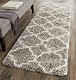 Safavieh Hudson Shag Collection SGH282B Grey and Ivory Moroccan Geometric Quatrefoil Runner (2'3' x 16')