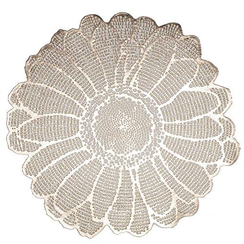 Benson Mills Elegant Daisy Pressed Vinyl Placemat, Set of 4, 16