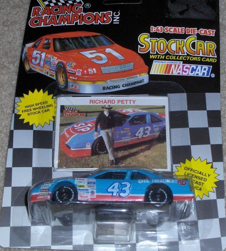 1992 NASCAR Racing Champions . . . Richard Petty #43 STP 1/43 Diecast . . . Includes Collector's Card