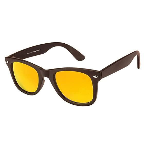 fa5e8940289 Dervin Black Frame Yellow Lens Wayfarer Sunglasses for Men   Women   Amazon.in  Clothing   Accessories