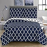 quilts in blue - Meridian- Navy with White- Full/Queen Size (92