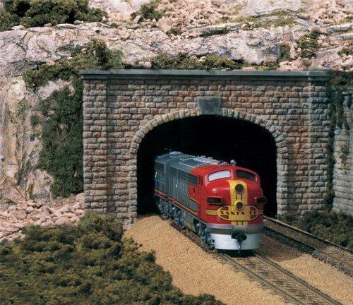 (Woodland Scenics WS 1257 Ho Tunnel Portal-Cut Stone Double by Woodland)