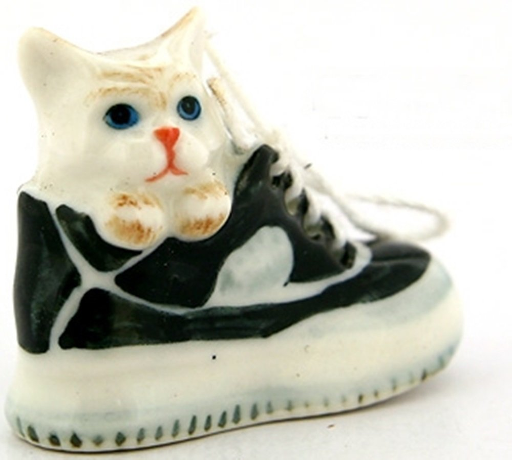 Dollhouse Miniatures Ceramic Light Brown Cat in Shoe No.3 FIGURINE Animals Decor