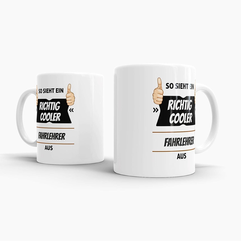 Tassendruck Berufe-Tasse so Sieht Ein Richtig Cooler Fahrlehrer aus  Weiss/Job / mit Spruch/Kollegen / Arbeit/Geschenk-Idee/Büro: Amazon.de:  Küche & Haushalt