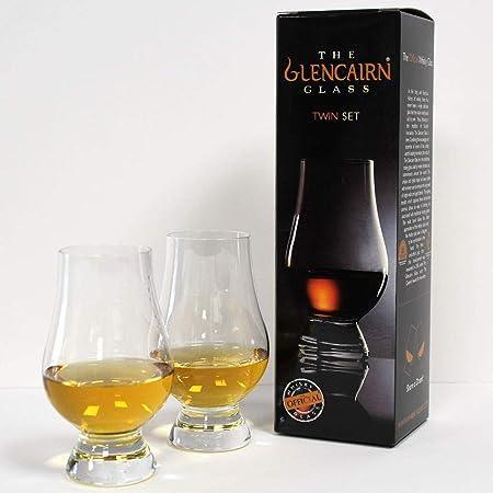 Medidas: 114 x 46 mm. Capacidad: 170 ml.,Durante la larga historia del whisky, nunca ha habido un ún