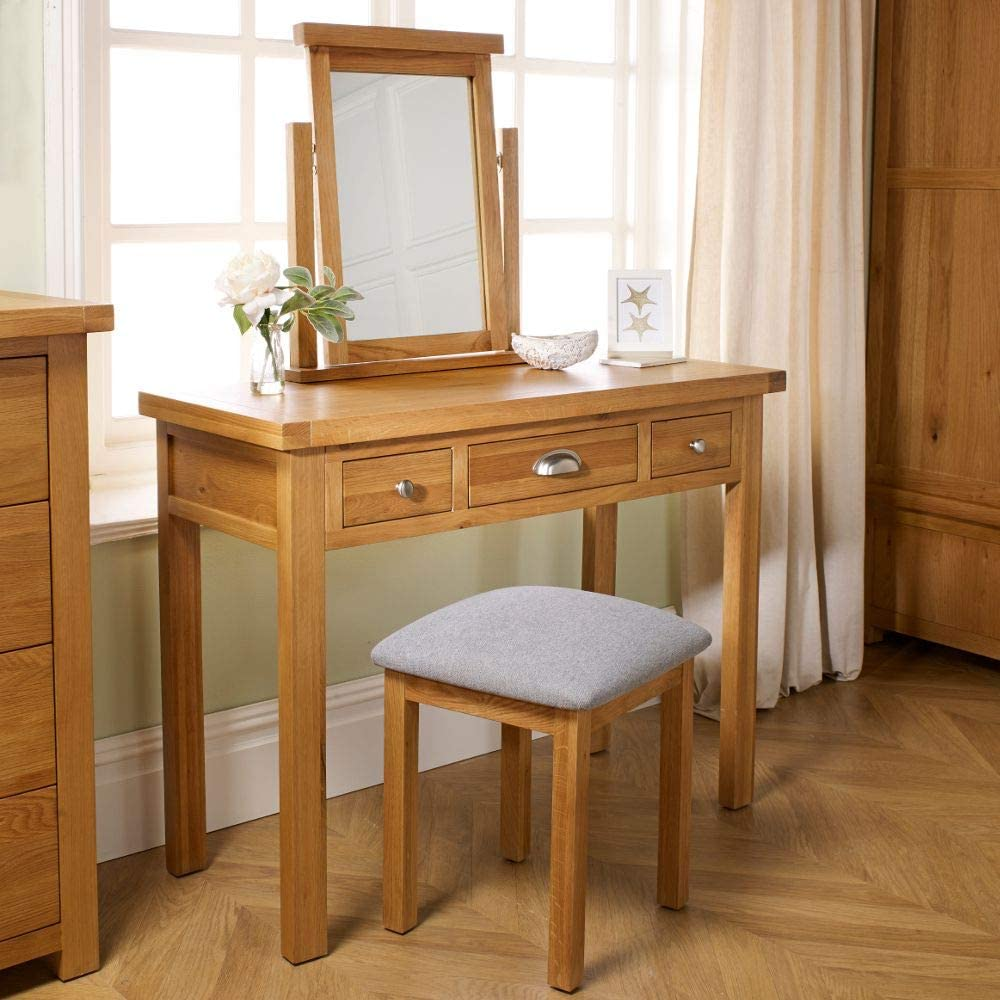 83cm x 110cm x 45cm Happy Beds Woburn Solid Wood Oak Traditional Bedroom Storage Dressing Table 3 Drawer Dressing Table