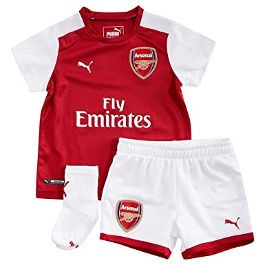 61ce62a72 Arsenal 17 18 Home Infant Football Kit - Red White - size 12-18M   Amazon.co.uk  Clothing