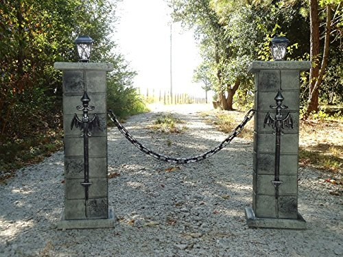 Evil Soul Studios Draculae Gateway Cemetery Column Pair Halloween Prop Chain Inc