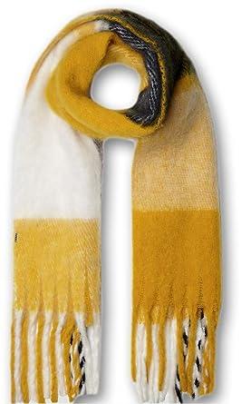 8bd3589e9267 Guess - Echarpe Needled Jaune (TU)  Amazon.fr  Vêtements et accessoires