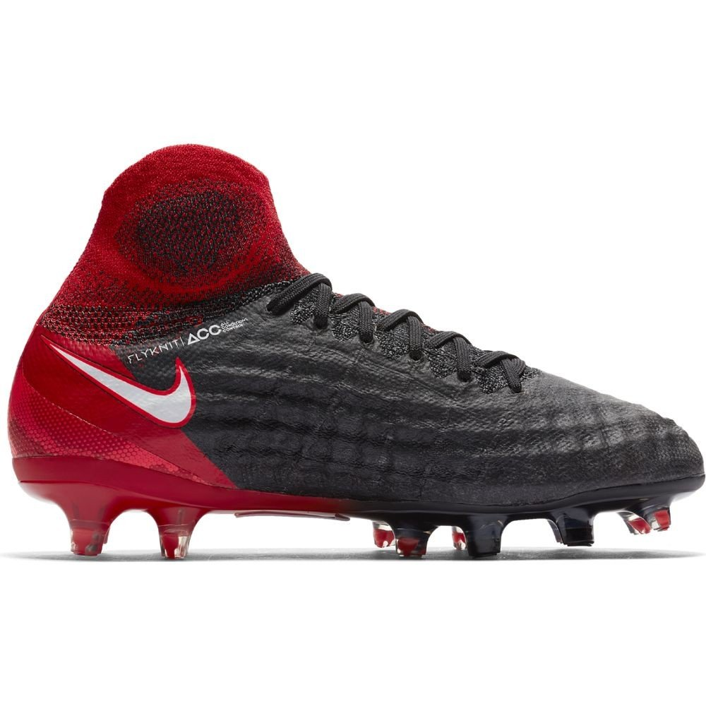best loved dbb22 d6a78 Amazon.com  Nike Youth Magista Obra II FG Cleats  Soccer