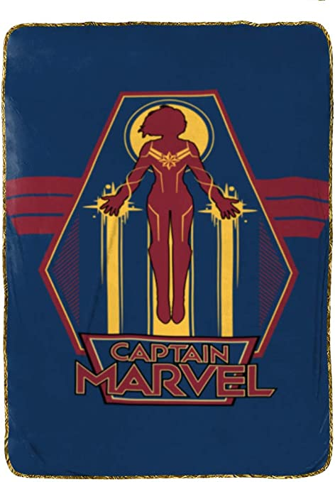 Jay Franco Captain Marvel Taking Off Blanket, Blue