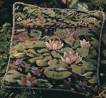 Marbled Cushion Glorafilia Tapestry//Needlepoint Kit