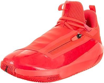 Jumpman Hustle Basketball Shoe