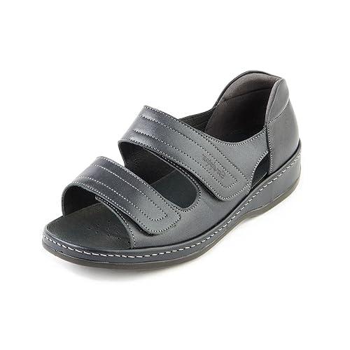 f2bcf832219e Sandpiper Women s Sandal  Cheryl