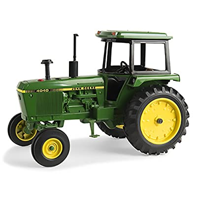 John Deere ERTL 1/16 4040 Tractor with Cab: Toys & Games