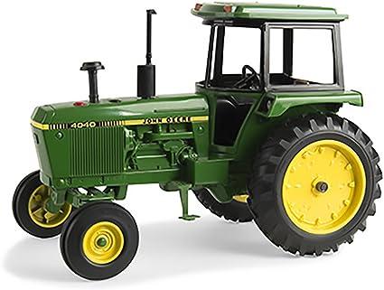 Amazon.com: John Deere Ertl 1/16 4040 Tractor con cabina ...