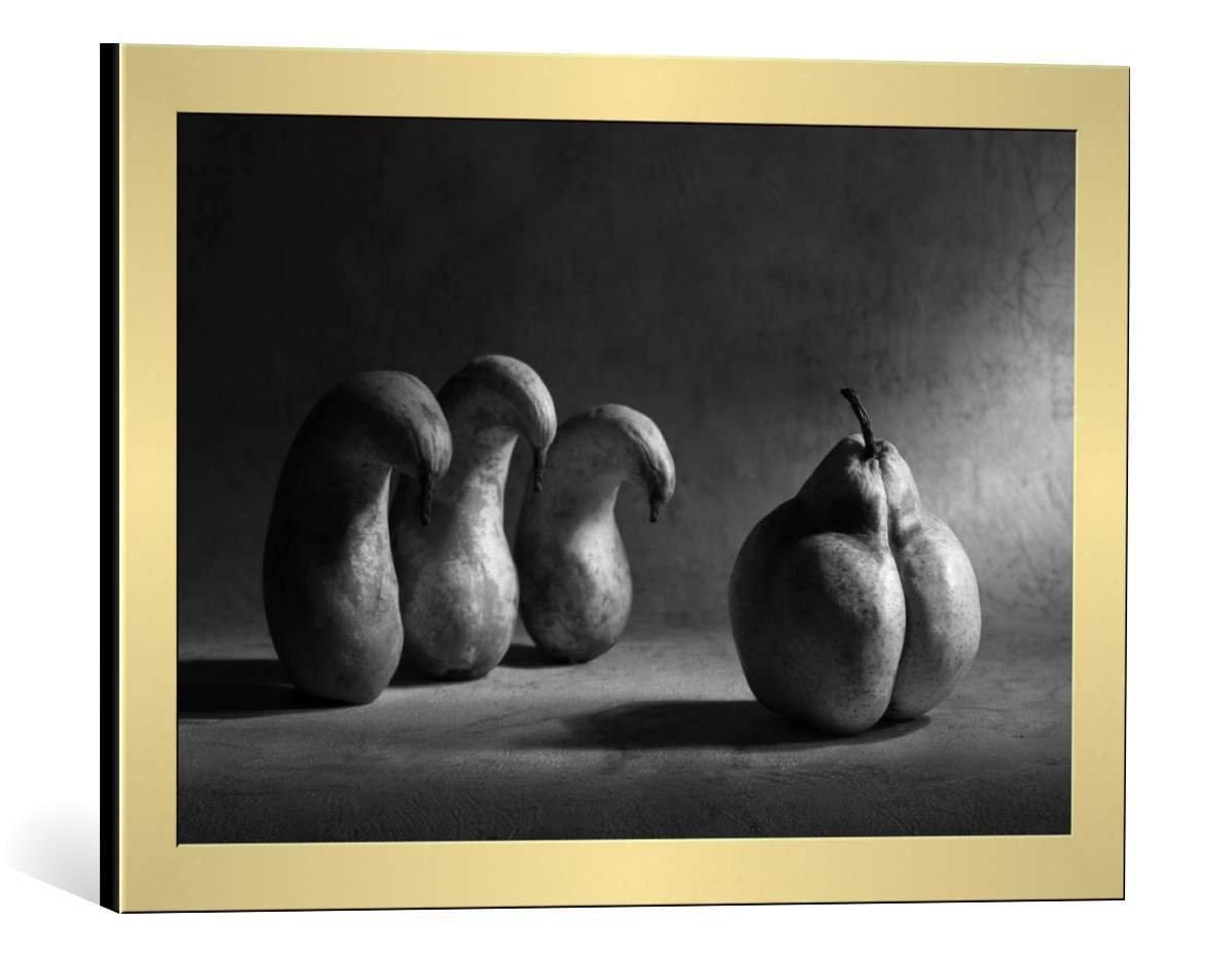 kunst für alle Bild mit Bilder-Rahmen: Victoria Ivanova The Strict boss - dekorativer Kunstdruck, hochwertig gerahmt, 90x60 cm, Silber gebürstet