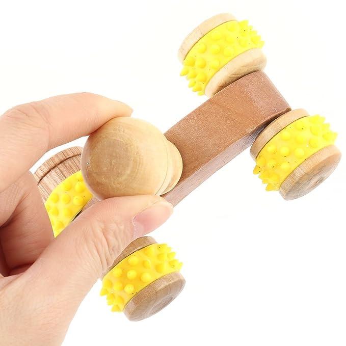Amazon.com: Inicio eDealMax madera Músculo del cuerpo del alivio de tensión 4 Ruedas Roller Massager Handheld 2 piezas: Kitchen & Dining