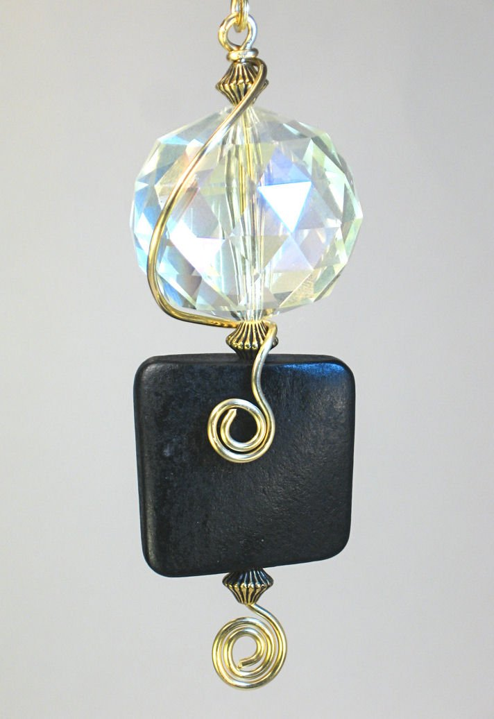 Crystal Faceted Glass and Black Wood Light/Fan Pull Chain