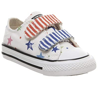 2ef10e64e1f38 Converse Kinder Schuhe Chuck Taylor All Star 2V OX weiß  Amazon.de ...