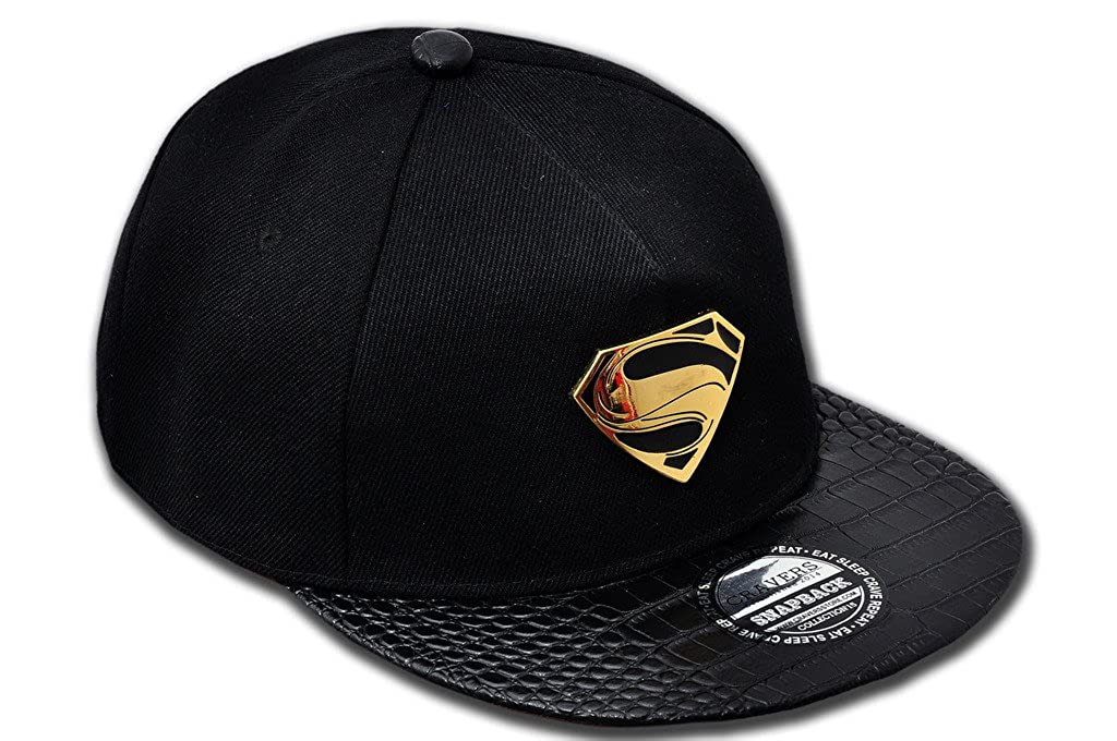 7081ef3a146 Cravers Superman Snapback Cap  Amazon.in  Clothing   Accessories