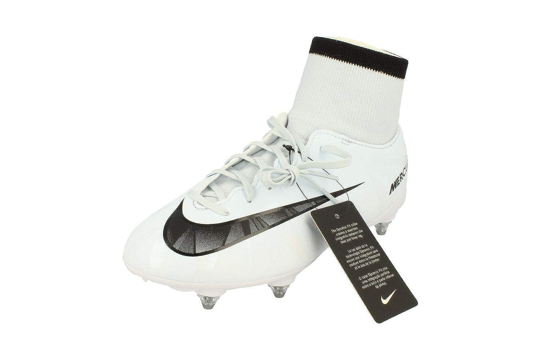 0e6dfe2b7 NIKE Junior Mercurial Victory VI Cr7 Df Sg Football Boots 903593 Soccer  Cleats  Amazon.co.uk  Sports   Outdoors