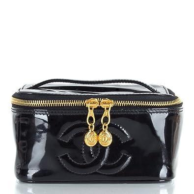 d9caa2aa8e93 Chanel Women's Black Patent Vanity Case Black Patent: Amazon.co.uk ...