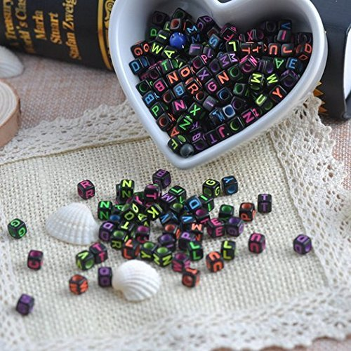 Magnolora 800 Pcs Acrylic Letter Beads Black Alphabet Beads with Multicolor Letters, Mixed Color Alphabet ''A-Z'' Cube Beads for DIY Bracelets, Necklaces, Children's Educational Toys, Handmade Gift by Magnolora