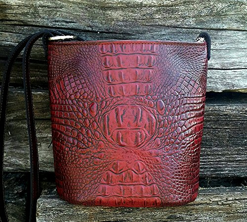MoonStruck Leather Concealed Carry Purse - CCW Handbags Merlot Red Crocodile Embossed Leather - Made in the USA - Bucket by MoonStruckLeather
